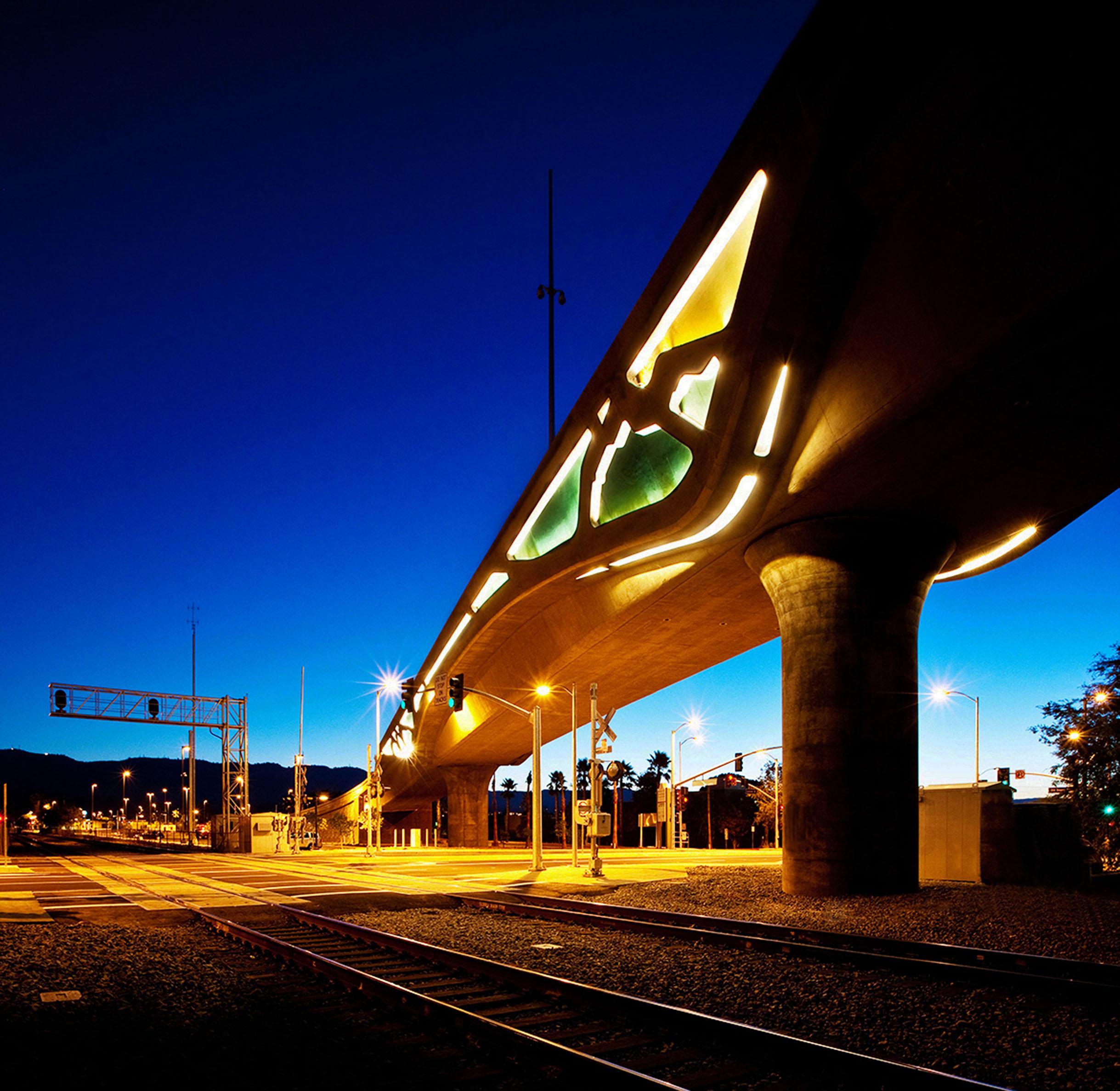 8. Image MOL Bridge_Gruen